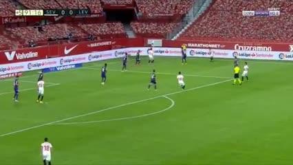 En-Nesyri marcó el gol del triunfo de Sevilla