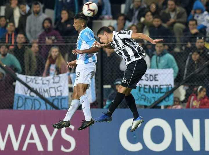 En El Prado montevideano, Wanderers igualó 0-0 ante Cerro