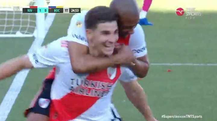 Julián Álvarez marcó el 1-0 para el Millo