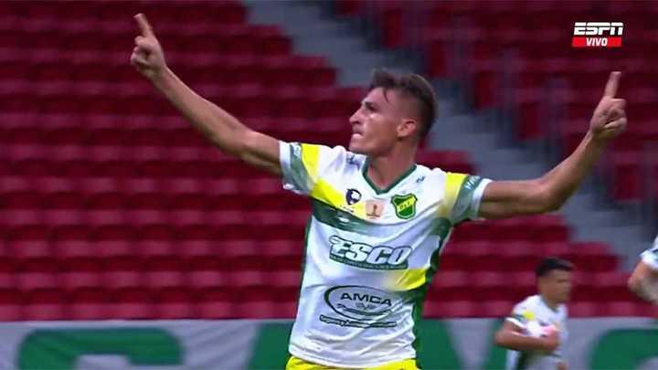 Defensa lo empató con gol de Romero