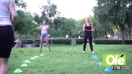 Una serie de ejercicios funcional con elementos que le ponen picante a la rutina