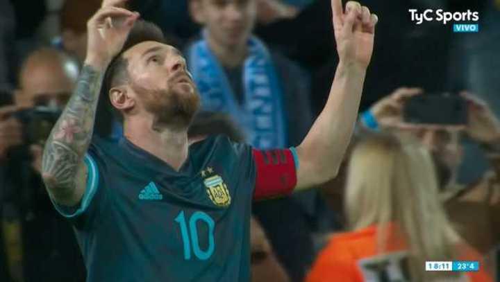 Messi empató de penal en la última del partido