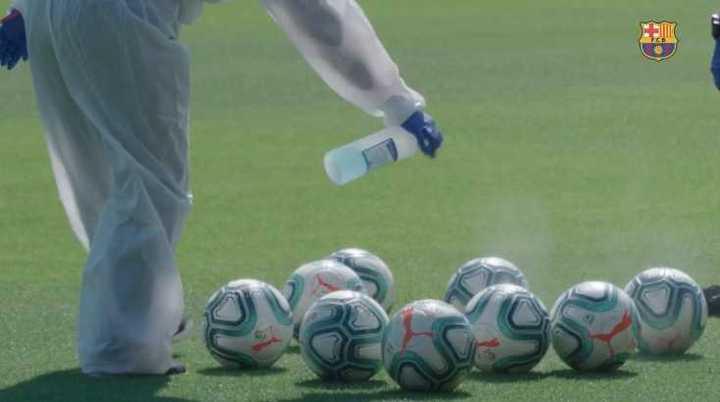 La práctica de Messi y la desinfección