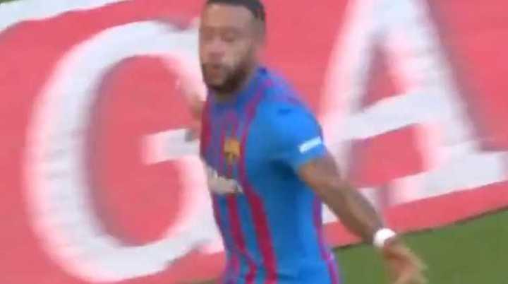 Depay marcó para Barcelona