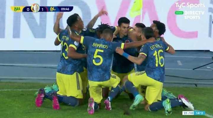 Golazo de Colombia para el 1-0