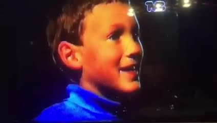 Armani compartió un video de su infancia