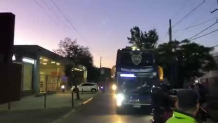 La llegada de Boca al estadio de Lanús