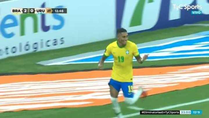 Raphinha también anotó el tercero