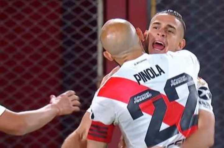 River lo gana con gol de Santos Borré