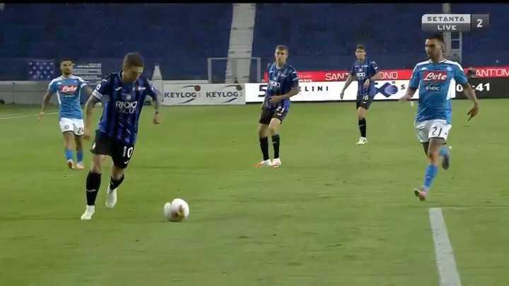 El primero de Atalanta con asistencia del Papu Gómez
