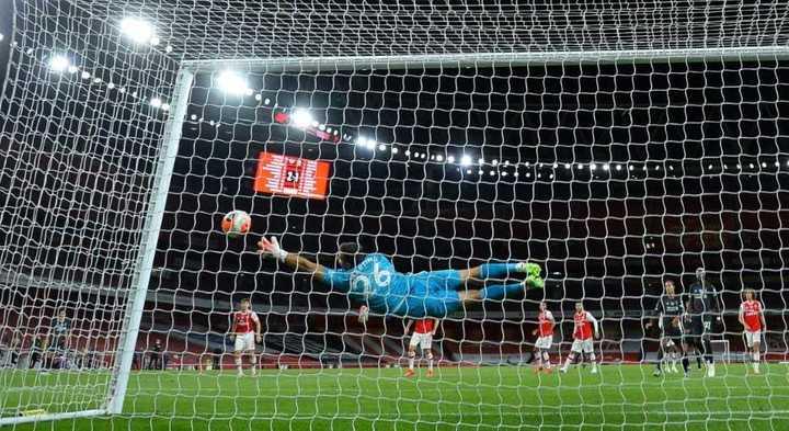 La volada de Emi Martínez para evitar el empate del Liverpool