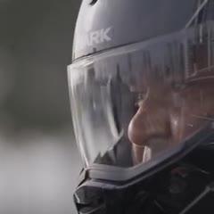 Cafú recorrió en moto las sedes de Qatar 2022