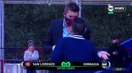El abrazo entre Maradona y Tinelli