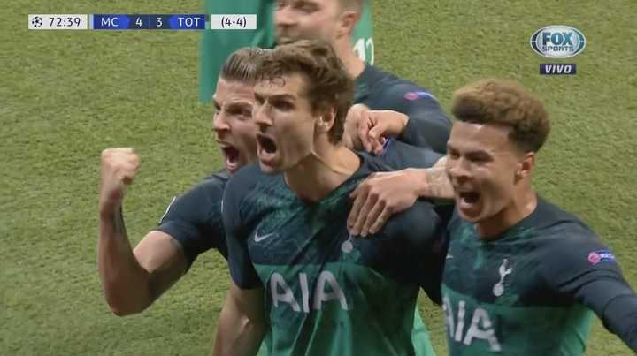 VAR de por medio, Llorente marcó el tercero del Tottenham