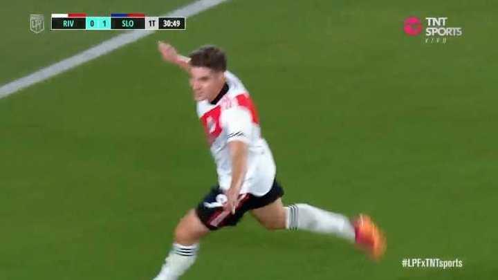 Golazo de Julián Álvarez para el 1-1