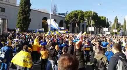 La fiesta de Boca en el Fan Fest de Madrid