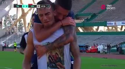 La emoción de Guilherme Parede tras el 3-0