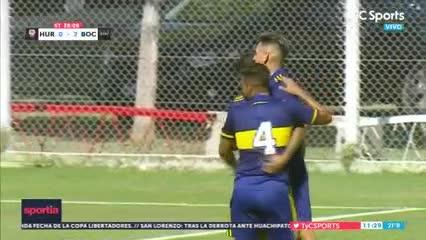 Centro de rabona de Zeballos y gol de Vázquez