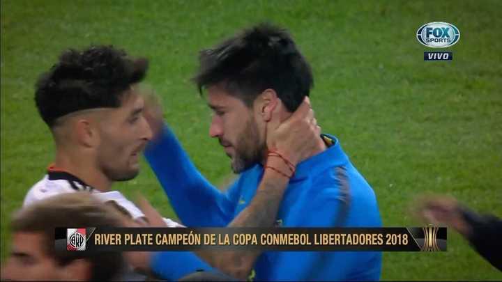 Los jugadores de River consolaron a Pablo Pérez