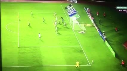 El San Pablo de Crespo goleó 4-0 al Santos de Holan