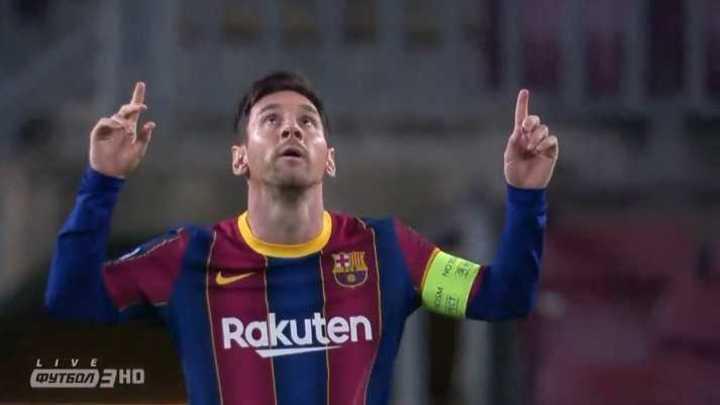 Messi cambió el penal por gol