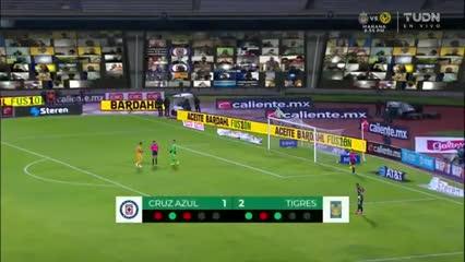 Los penales entre Cruz Azul y Tigres