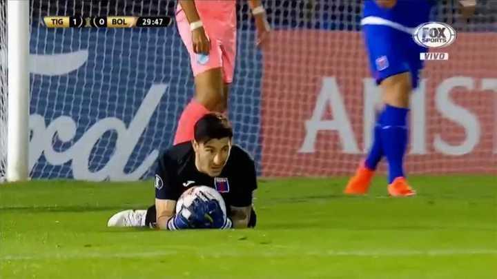 Marinelli salvó a Tigre por duplicado