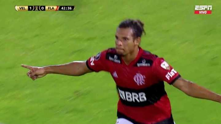 William Arao empató para Flamengo
