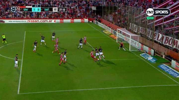 A Unión le anularon mal el segundo gol