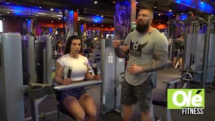 """Una serie de ejercicios abdominales y un entrenamiento de """"trineo"""""""