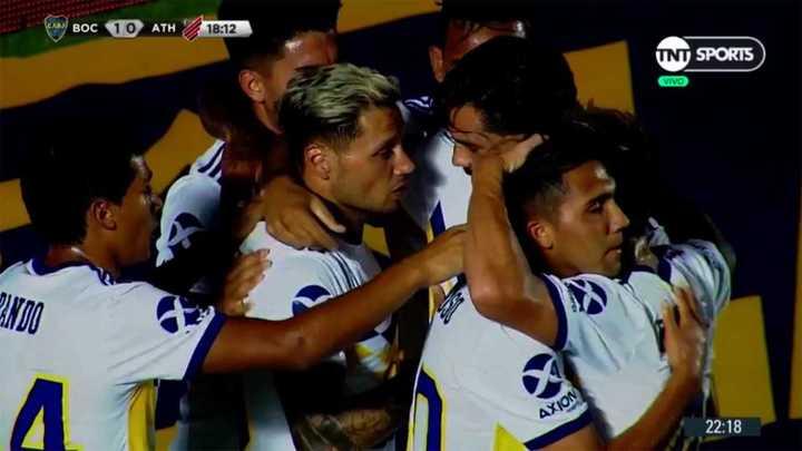 Zárate convirtió para Boca