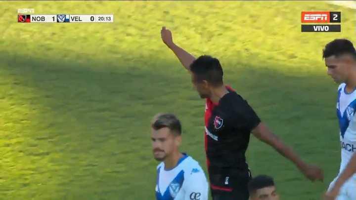 Gol de Victor Figueroa