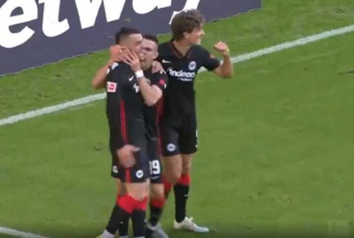 El primer gol de Borré en la Bundesliga