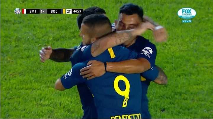 Nández cerró el resultado para Boca