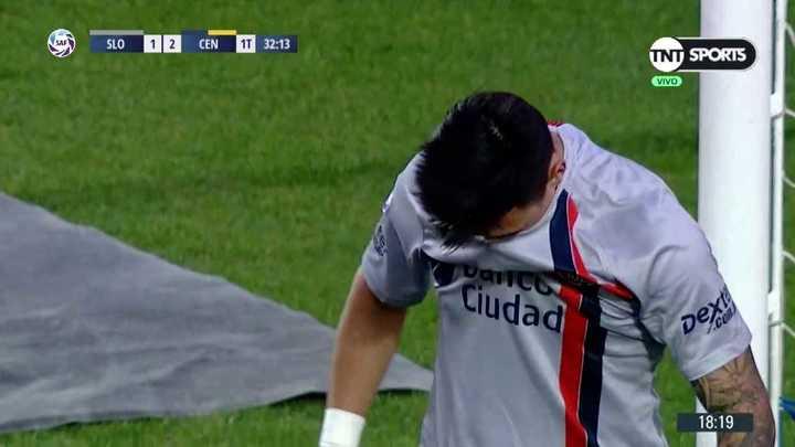 Bareiro pateó un penal de rugby