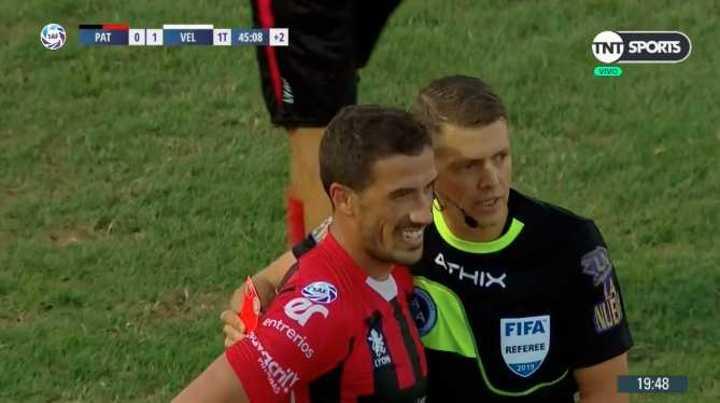 Dardo Miloc vio la roja en Patronato
