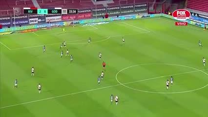 Álvarez puso el 2 a 0