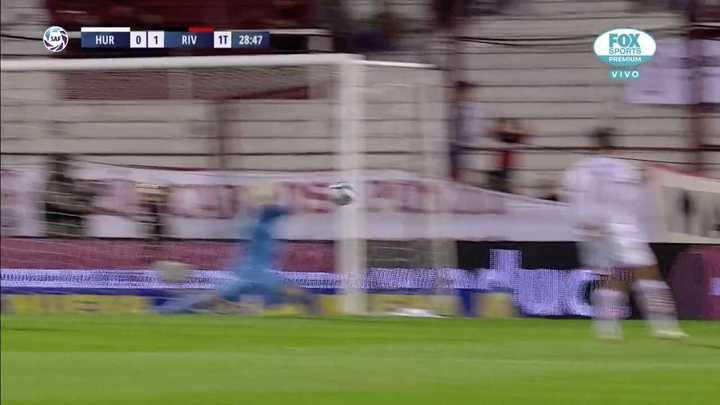 Silva tapó el remate de Suárez