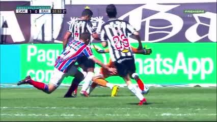El polémico penal que le cobraron a Atlético Mineiro