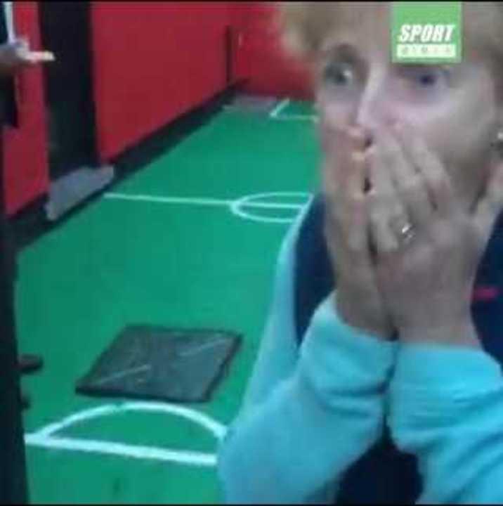 ¡Le hicieron Anfield en su casa!