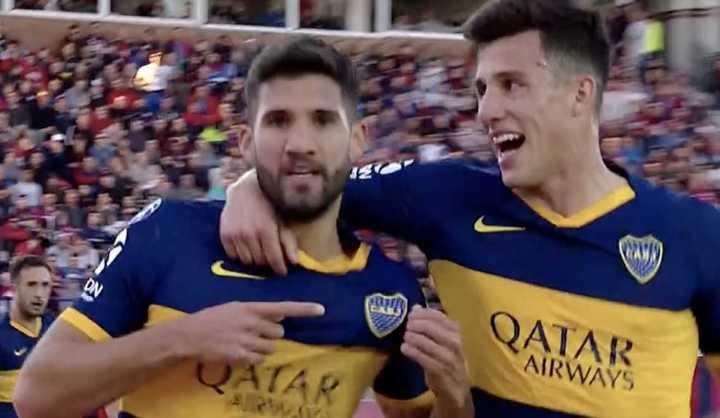 De cabeza, López puso 1-0 a Boca