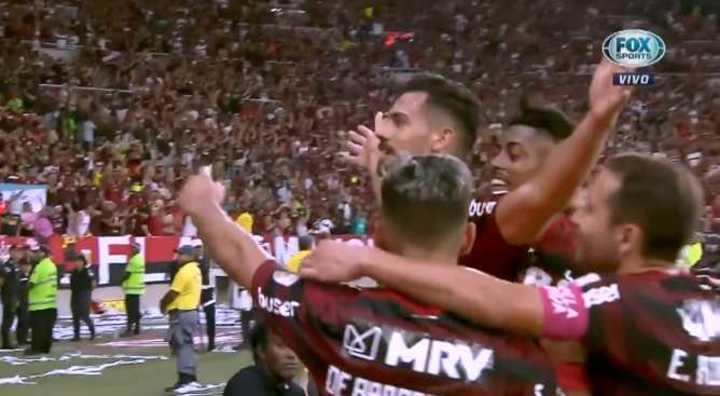 Marí Villar marcó el 4 a 0 de Flamengo