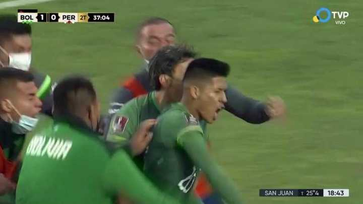 Bolivia lo ganó sobre el final con gol de Vaca
