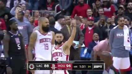 Insólito cruce padre-hijo en la NBA