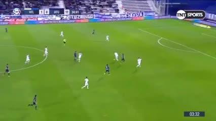 El partido de Gago vs. Atlético Tucumán