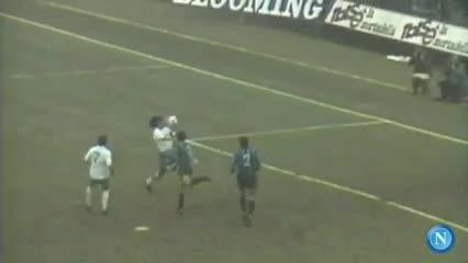 Messi y Maradona según el Napoli.