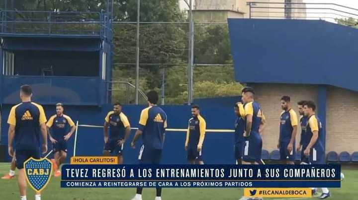Tevez estuvo presente en la práctica de Boca