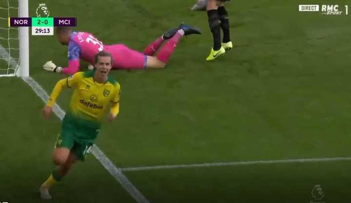 Norwich llegó al 2 a 0 con gol de Cantwell