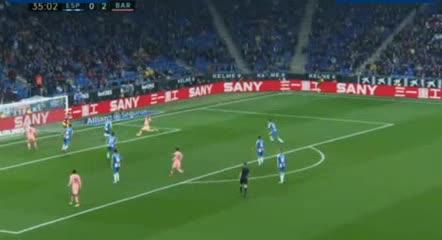 Pase de magia a Suárez