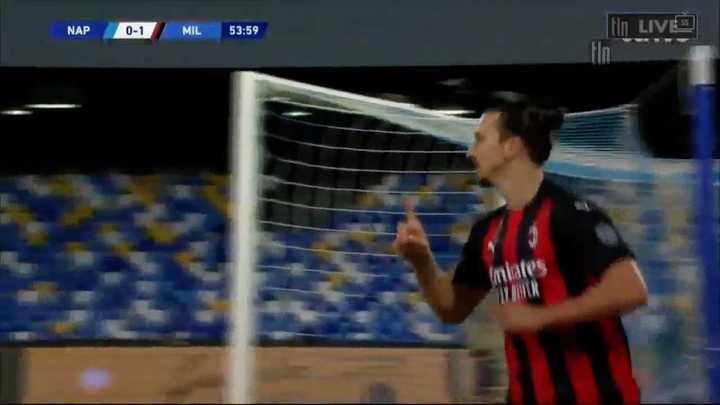 Ibrahimovic metió dos goles pero se fue lesionado